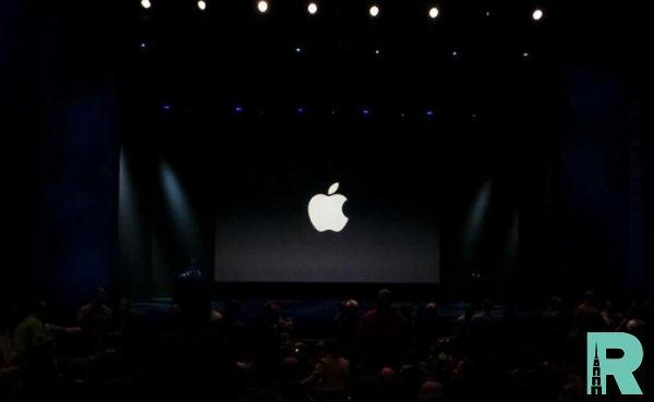 Apple запустила трансляцию изпустого театра Стива Джобса засутки допрезентации