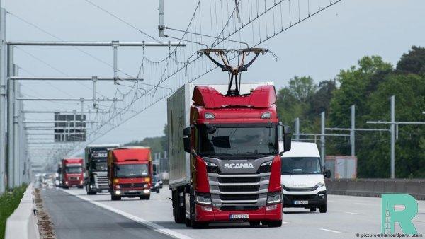 В Германии открыли автомагистраль для электрогрузовиков