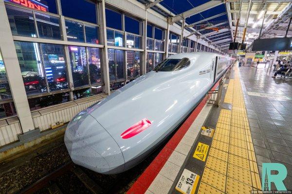 В Японии тестируют поезд, развивающий скорость 400 км/час