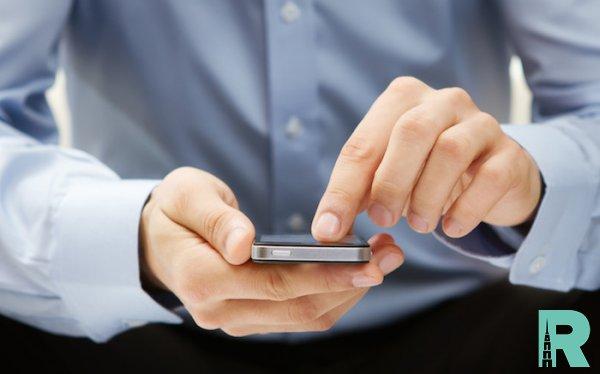 Американцам предложили $1000 за отказ на неделю от смартфона