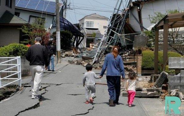 Из-за землетрясения в Японии пострадали более 20 человек