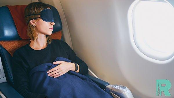 В Канаде уснувшая девушка была забыта в самолете