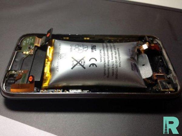 С раздутым аккумулятором IPhone взорвался в лицо человеку