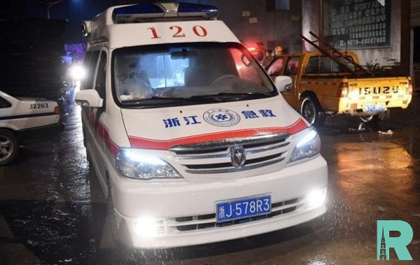 В Китае из-за утечки хлора в бассейне госпитализированы 38 человек