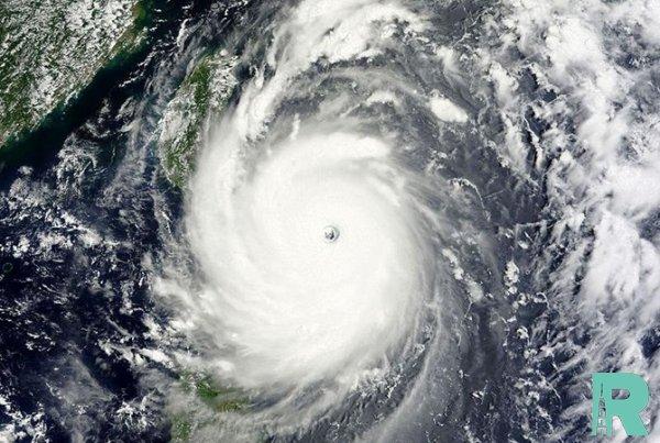 Из-за супертайфуна в Китае объявили наивысший уровень опасности