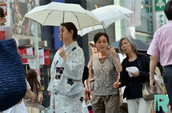 В Японии от жары за неделю умерло семь человек