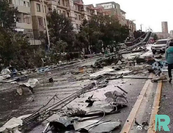 На юге Китая из-за торнадо погибло восемь человек