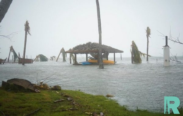 """К Северной Каролине подошел ураган """"Дориан"""""""