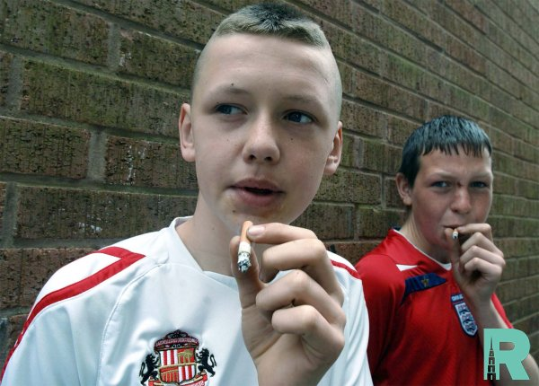 В России могут ввести наказание для родителей курящих детей