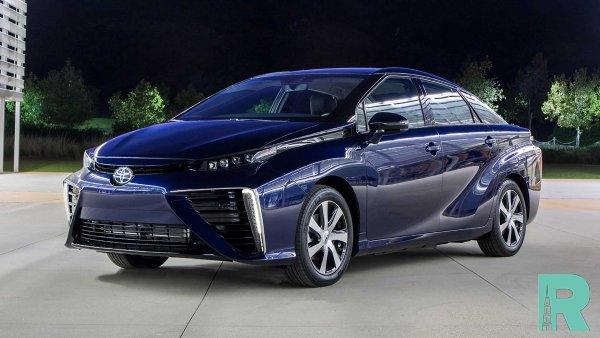 Toyota презентовала новое поколение водородного седана Mirai