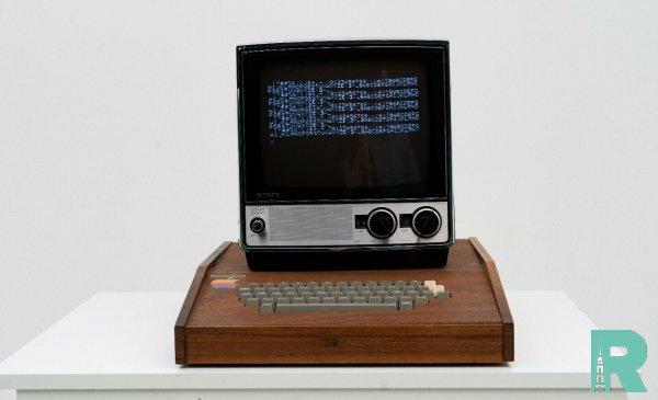 За 2 млн долларов продается на eBay первый компьютер Apple