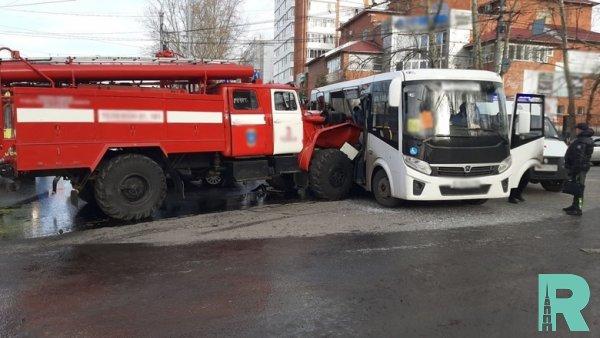 В Томске пострадало 12 человек в ДТП с пожарной машиной