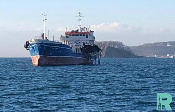 В Находке на танкере произошел взрыв