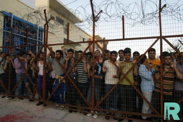 В Греции задержан переполненный мигрантами грузовик