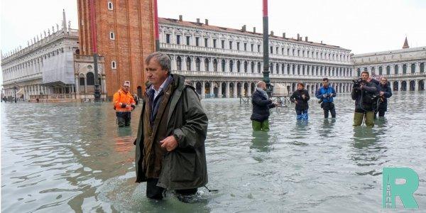 В Венеции из-за наводнения погибло два человека