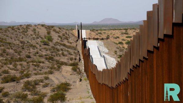 На границе с Мексикой россиянин ранен американским пограничником