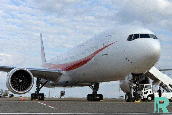 В небе над Лос-Анджелесом загорелся Boeing с пассажирами