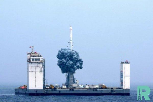Китаем впервые с морской платформы осуществлен космический запуск