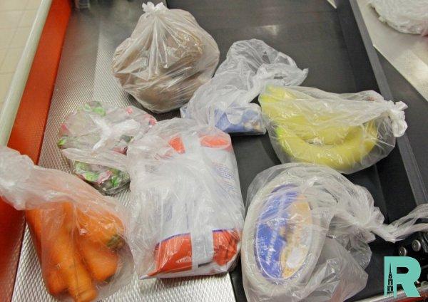 В Японии планируют полный отказ от бесплатных пластиковых пакетов