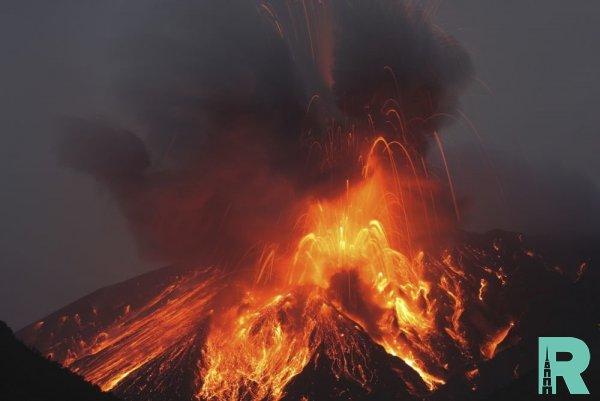 На курильском острове уничтожено все живое из-за извержения вулкана Райкоке