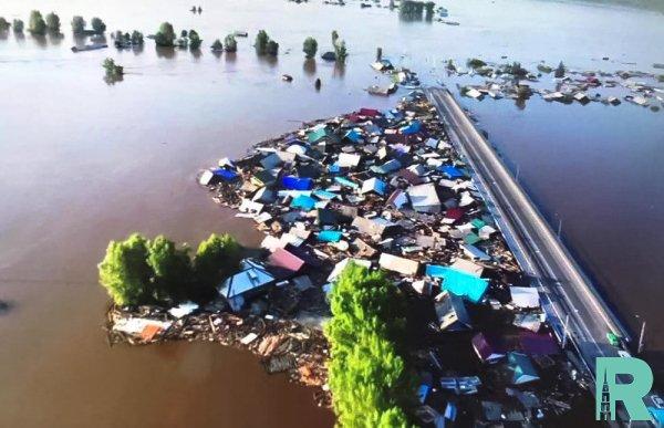Более 1000 человек эвакуированы в Иркутской области из-за наводнения