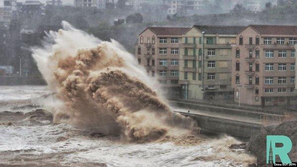 """В Китае из-за тайфуна """"Лекима"""" погибло 44 человек"""