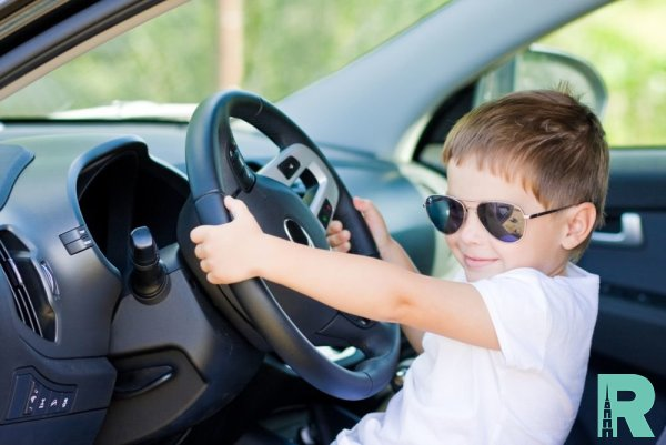 В Германии 8-летний ребенок у родителей угнал автомобиль