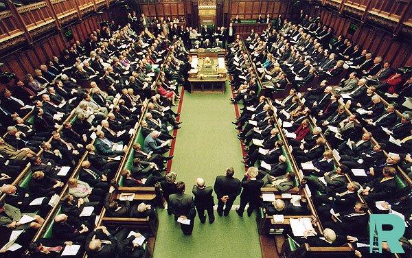 Палатой общин Великобритании принят законопроект об отсрочке брексита