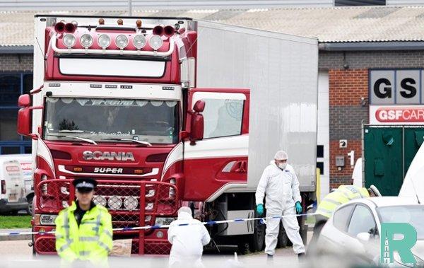 Обнаруженные в Великобритании в грузовике 39 трупов были гражданами Китая